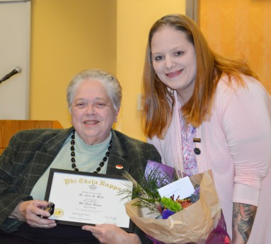 Dr. Anna Weitz and Phi Theta Kappa President Kristy Whitekettle
